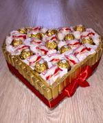 Сердце из конфет №03