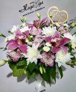 Цветы в коробке №016